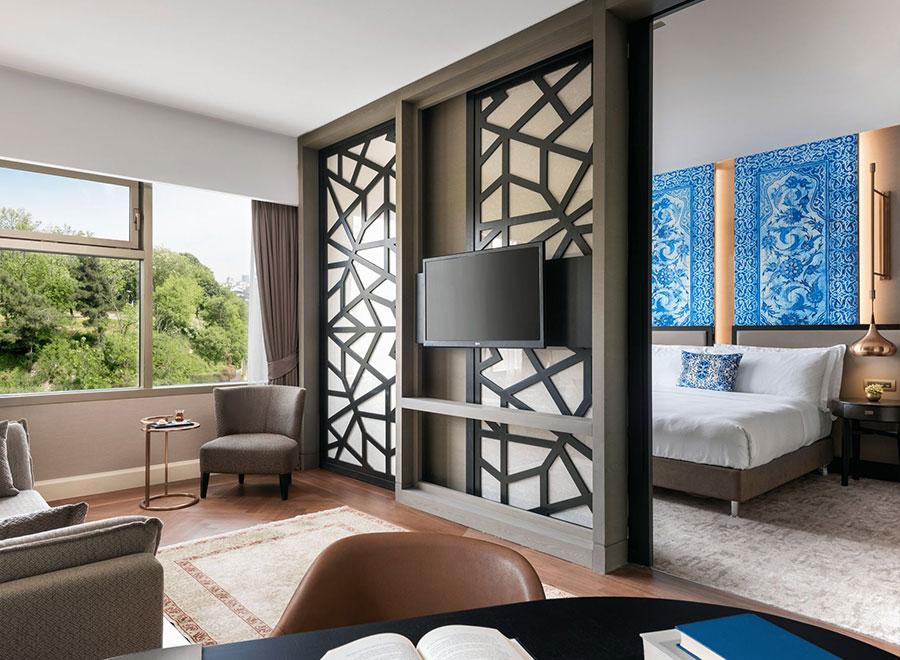 Teska Ritz Carlton İstanbul Otel Yer Duvar ve Mobilya Kaplama Projesi